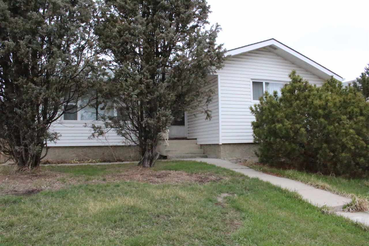 Ml e4061606 8508 144 ave nw evansdale edmonton - Westfield swimming pool sheffield ...