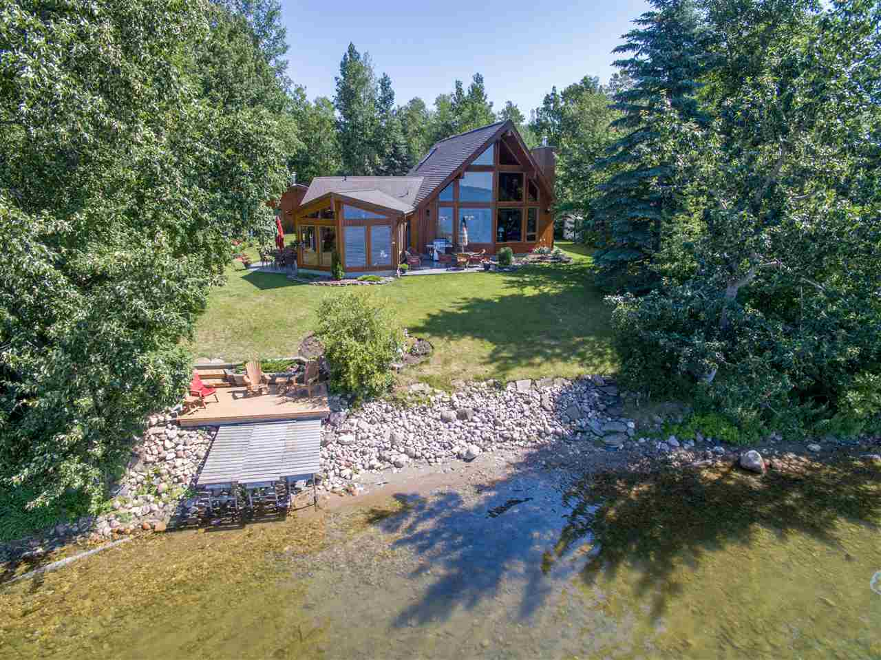 Pigeon Lake Waterfront Properties