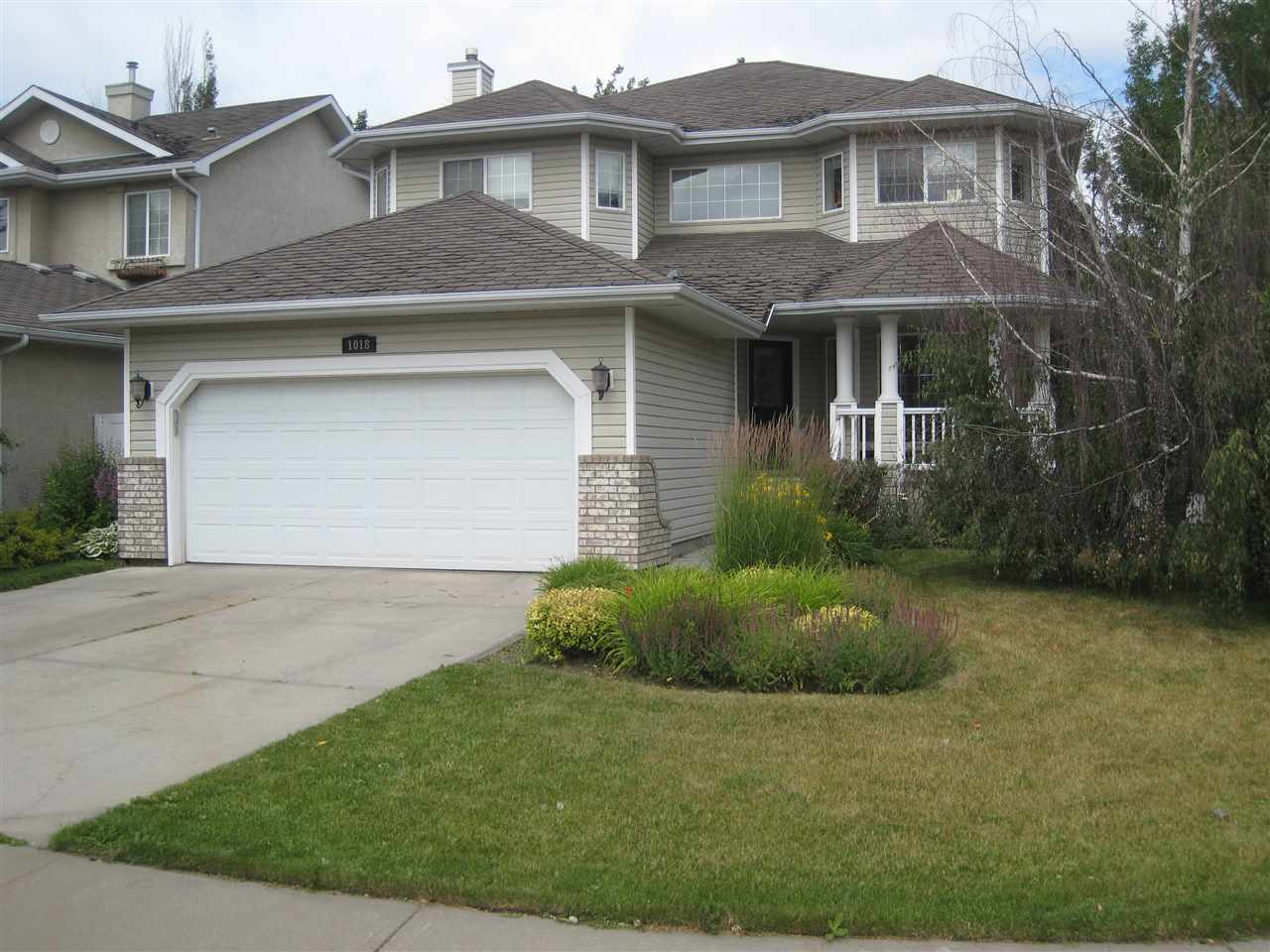 Photo of 1018 Ormsby Crescent NW