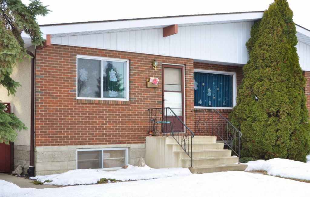 Photo of 172 Woodvale Road W NW