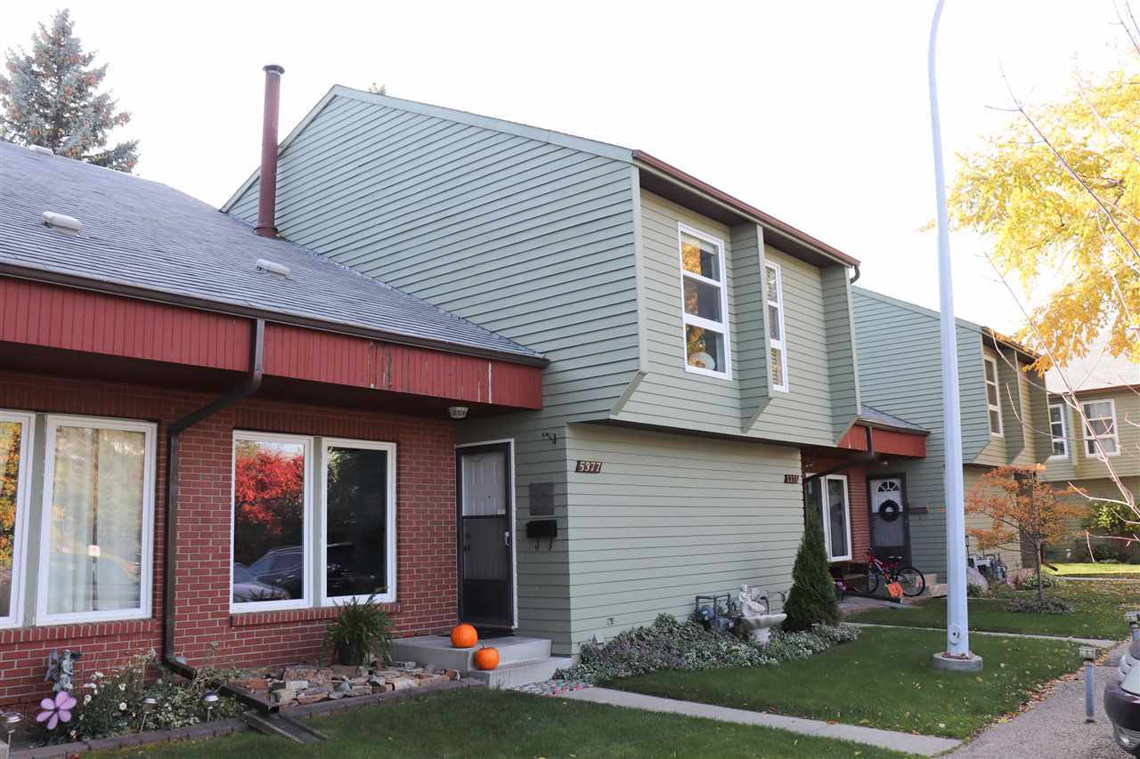 Photo of 5377 Hill View Crescent NW